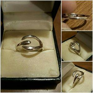 Genuine. 925SS WishBone Ring.